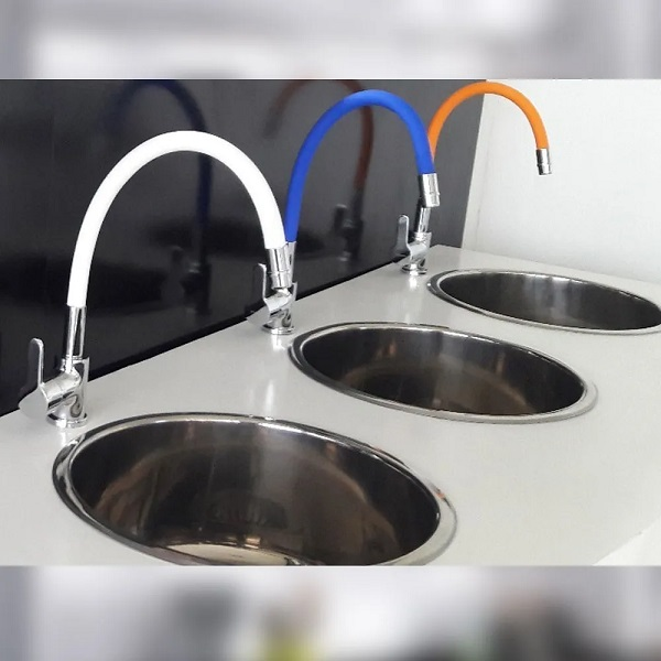 Cocina-monocomando-pico-flexible-blanca-8363-2.jpg